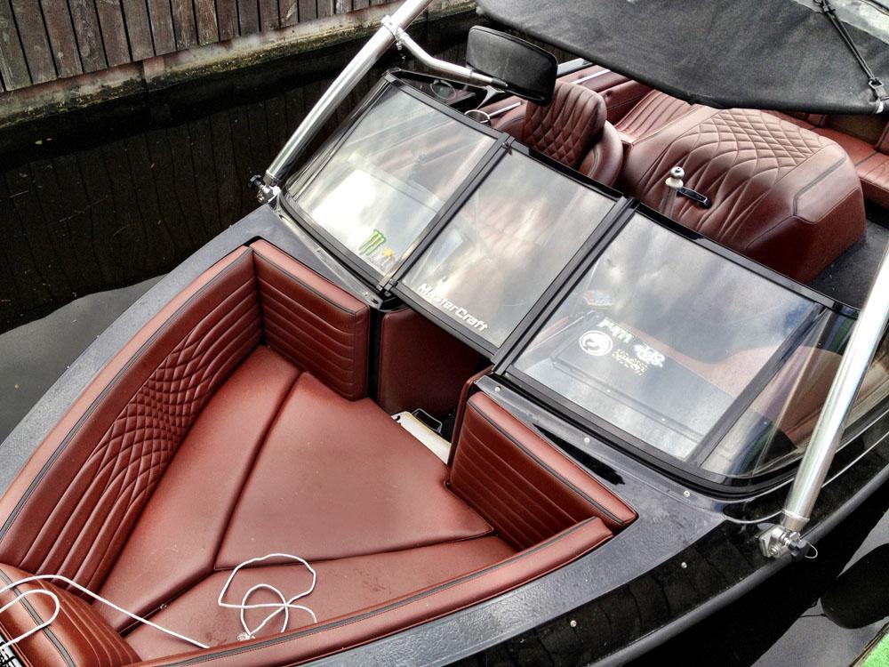 салон лодок